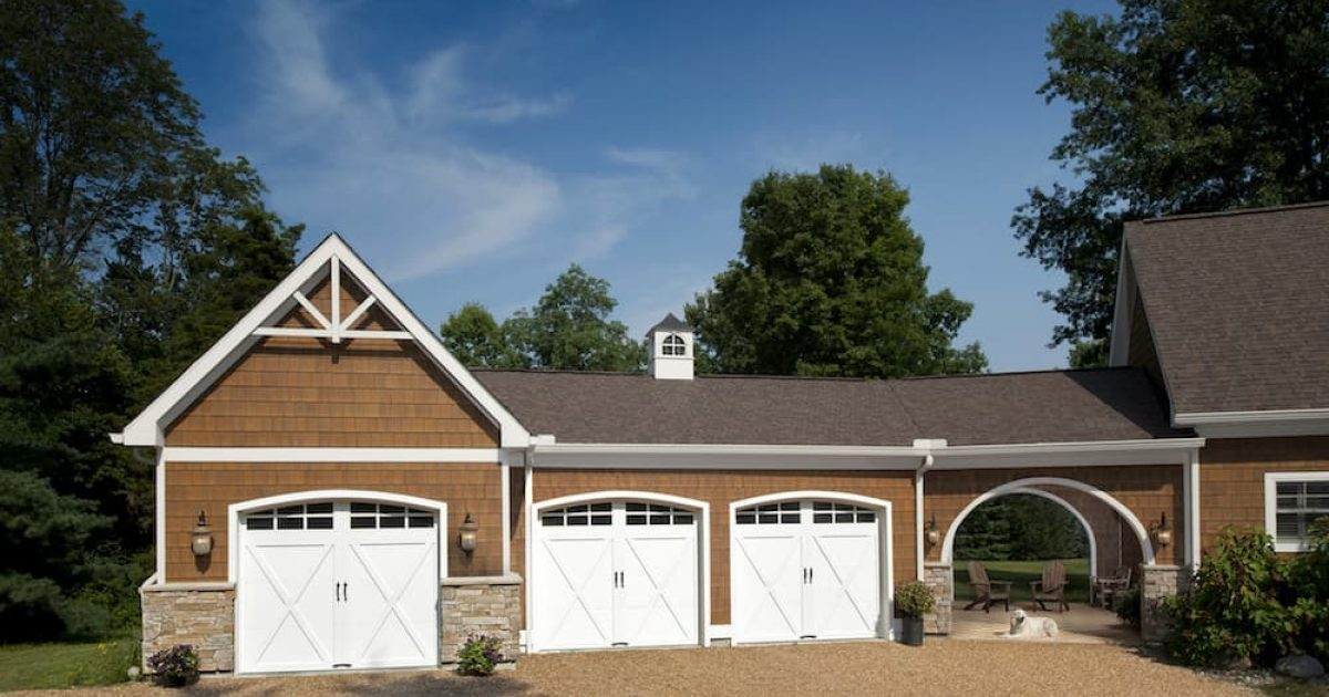 Houston Carriage Style Garage Doors Woodlands Carriage